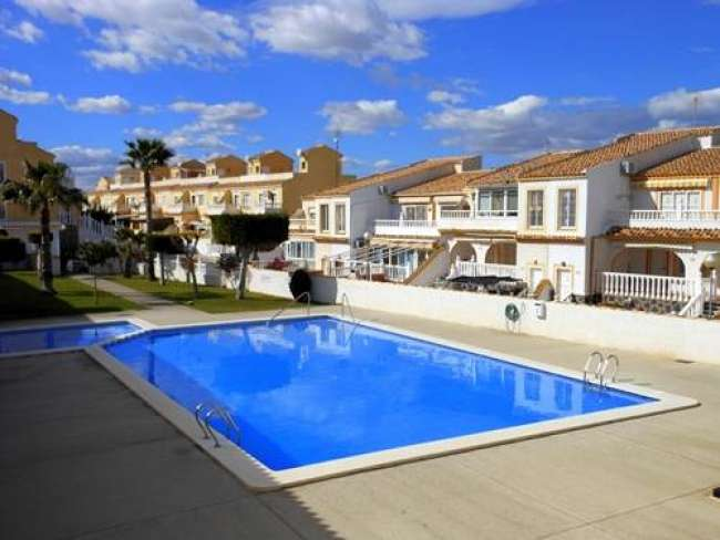 3 bed holiday apartment to rent near Alicante with WiFi
