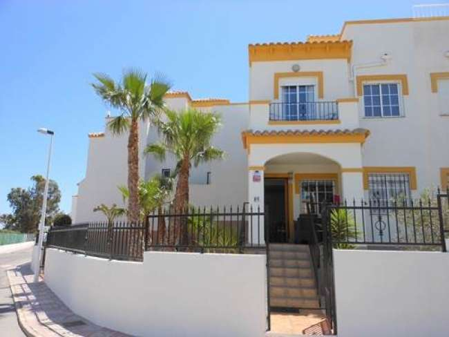 3 bed villa with air-con and WiFi in Altomar 1 Gran Alacant
